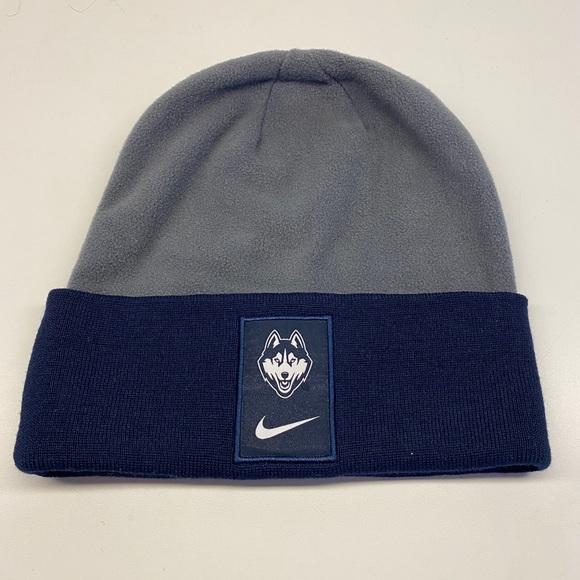 Nike UConn Fleece hat